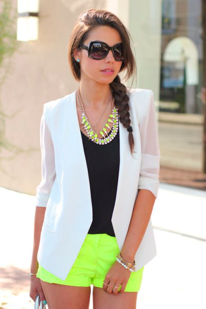 Source / Similar neon bauble necklace