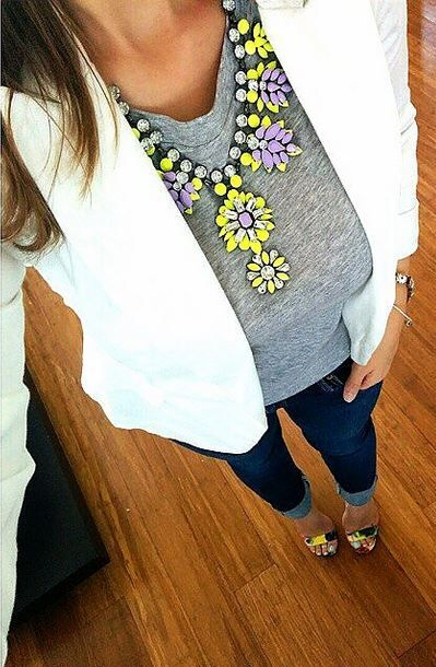 Grey basic top + white blazer + dark washed skinny jeans  + Neon bright necklace