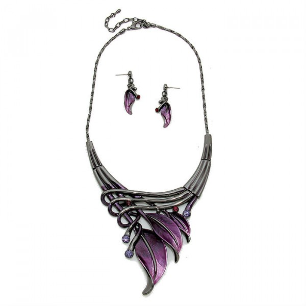 Purple Lilys Rhythmical Ombre Dipped in Madori Gunmetal Necklace