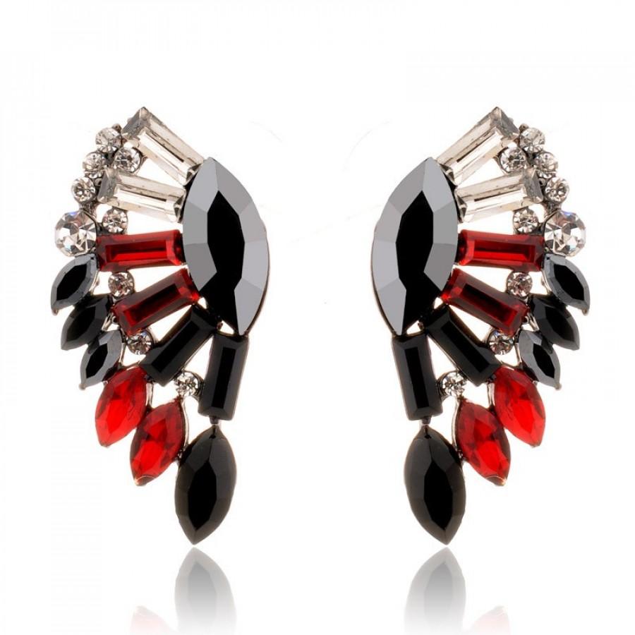 78420c1a9 All That Glitters Stone Burst Statement Stud Earrings