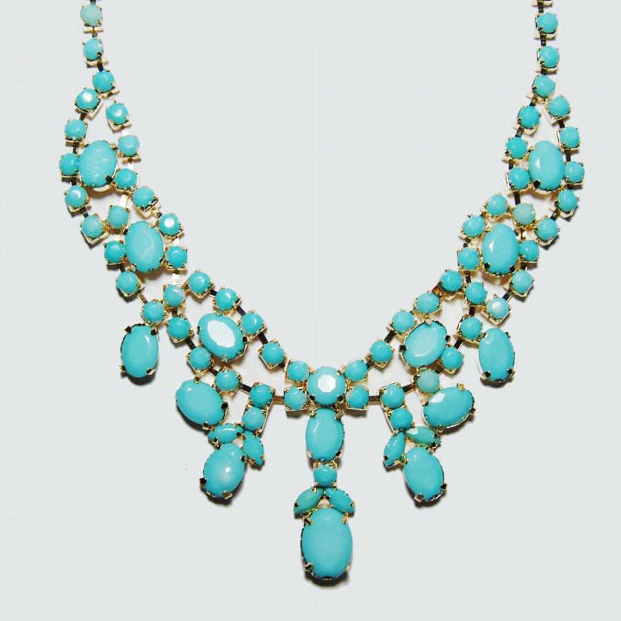 Pastel Aquamarine Stone Cluster Statement Bib Necklace