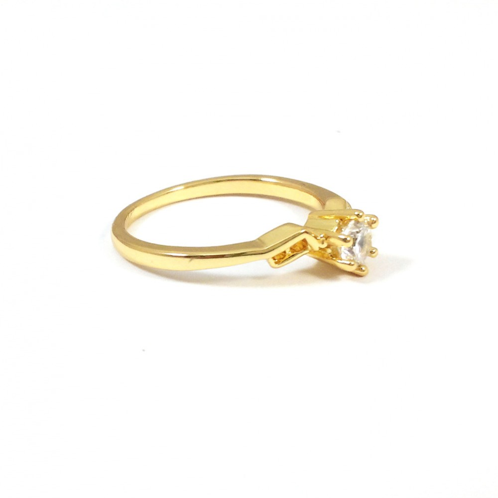 solitaire geo cubic zirconia 18k gold ring